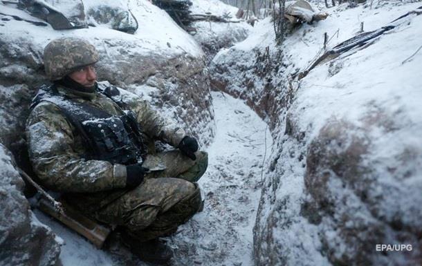 Порошенко: На Донбассе погибли 10 тысяч украинцев